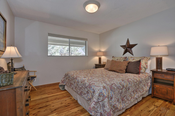 Donner Lake House - Bedroom 2
